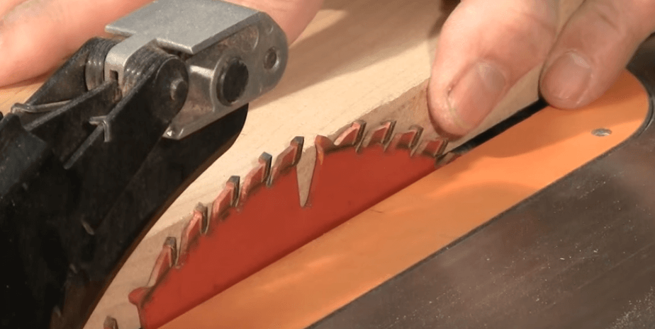 how to safely use a table saw (5)